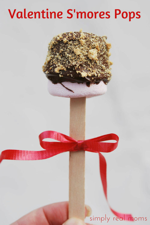 Mini Valentine S'more Pops